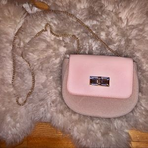 ✨Pink & Tan Purse with Gold Chain ✨